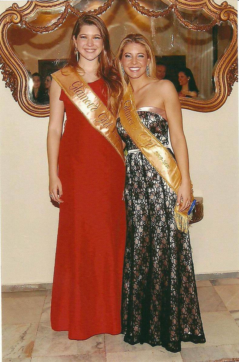 Pela primeira vez o título Glamour-Pelotas foi consecutivo para nosso Clube, Mariana Otero Xavier que representou o Dunas Clube em 2009 e foi a vencedora do concurso, passou a faixa para sua sucessora Carolina Silveira da Silva duas vezes, como Glamour-Gi